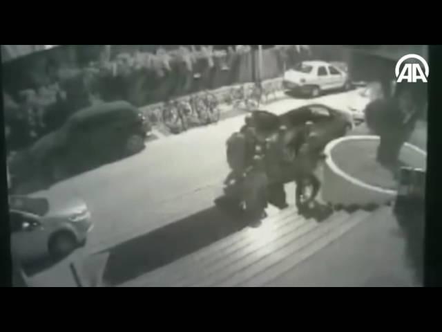 كاميرات المراقبة تظهر لحظة مداهمة الانقلابيين فندقا أقام به أردوغان