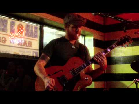 StoneFace Cowboys at 3 Rivers Bar- Original Texan
