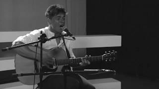 "Asaf Avidan - Reckoning Song ""One Day"" (Cesc live Cover)"