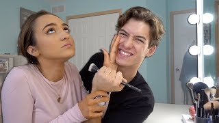 ANNOYING MY GIRLFRIEND WHILE SHE DOES HER MAKEUP!! (REVENGE PRANK)