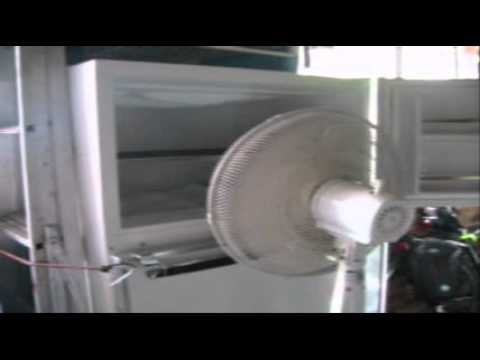 How to Defrost Your Freezer / Remove the Ice - The Quick and Easy Way - Tutorial