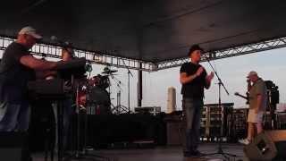 Josh Logan performs at Thunder Over Louisville