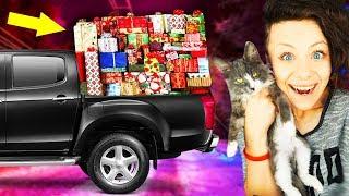 МАШИНА ПОДАРКОВ от подписчиков КОШКА нашла УЛИТКУ РАСПАКОВКА с котенком и щенком Magic Family