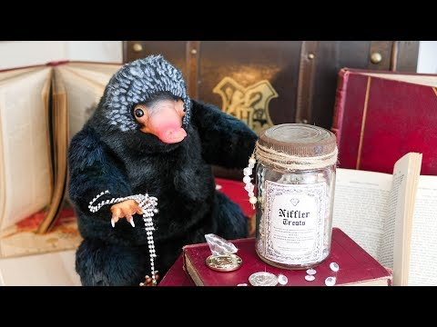 FANTASTIC BEASTS DIY: Niffler Treats | Cherry Wallis