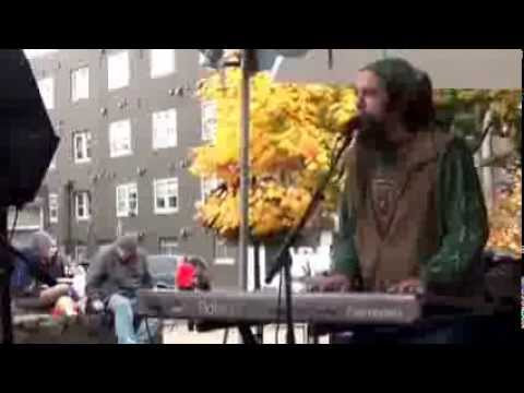 RevelleveR - Under Mayan Skies (Bajo Un Cielo Maya) - LIVE from Eugene Saturday Market - 10/26/13
