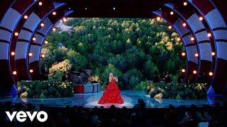 "Gwen Stefani - Christmas Eve (Live From ""Gwen Stefani's You Make It Feel Like Christmas"")"