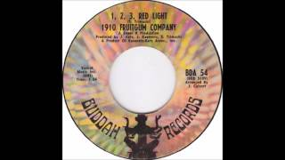 """1-2-3 Red Light"" by the 1910 Fruitgum Company in Full Dimensional Stereo"