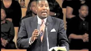 Pastor Dewey Smith Sings - Pass Me Not