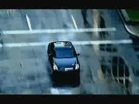 Фото к видео: Infiniti G35 Open City Commercial