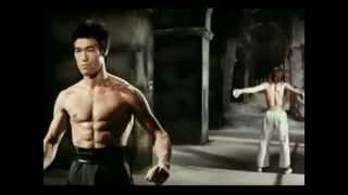 Bruce Lee vs Chuck Norris(Way of the Dragon) HD