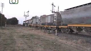 preview picture of video 'Tren de NCA saliendo de Dalmacio Vélez Sarsfield'