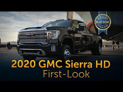 External Review Video FUlKxZV6p2g for Chevrolet Silverado 2500HD & 3500 HD Heavy Duty Pickups (4th Gen)