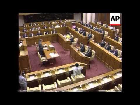 Hong Kong - Lee sworn in to Legislative Council ▶3:14