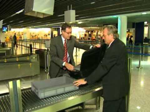 Was darf ins Handgepäck? Die neuen Handgepäck-Bestimmungen im Info-Film