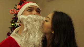 GRACIA ANGELINA - I Saw Mommy Kissing Santa Claus