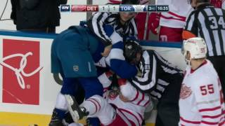 Referees can't separate Martin and Ott during fight