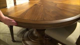 Cascade Round Dining Room Set By Broyhill Furniture