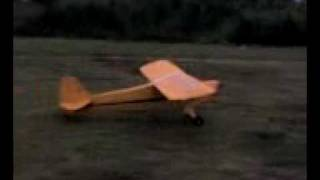 preview picture of video '11 ft. Piper J-3 Cub At Caribbean RC Club in Gurabo, P.R.'