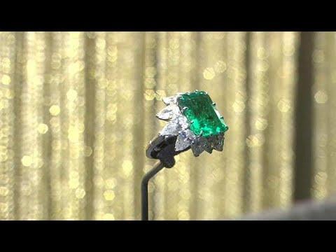 Ρωσία: Εντυπωσιάζουν τα κοσμήματα της Ελίζαμπεθ Τέιλορ…