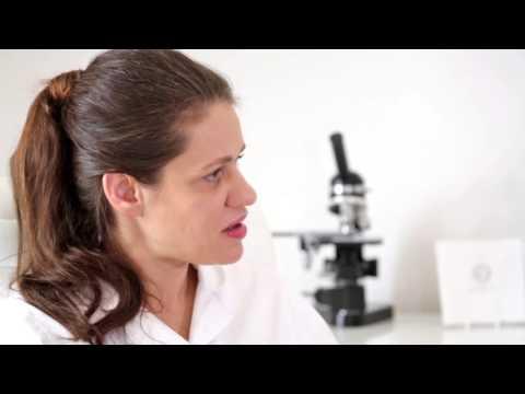 Stark prolabiert das Haar wegen der Empfängnisverhütenden