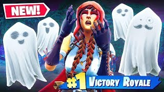 *NEW* SPOOKY-GHOST BUSTING in Fortnite Battle Royale!