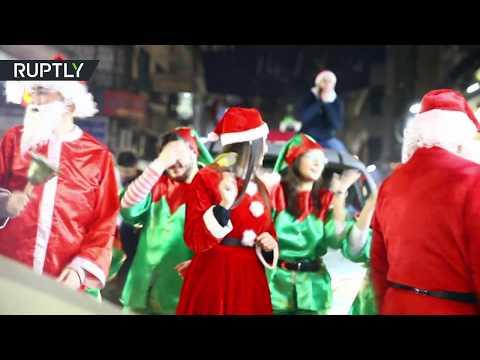 Syřané slaví Vánoce a radují se při nich z odchodu amerických vojsk