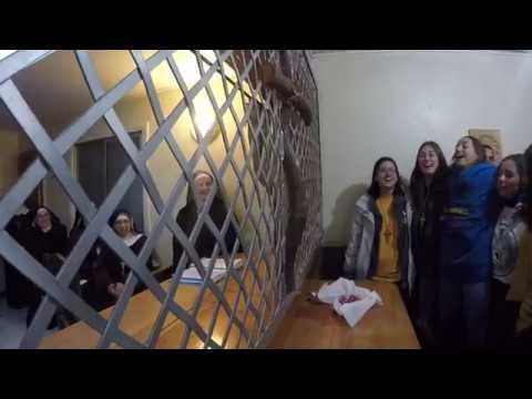 """Misioneros españoles cantan """"No tengo miedo"""" a las Clarisas Capuchinas de Pucón"""