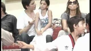 Shah Rukh Khan's Daughter Suhana Hospitalised - Latest