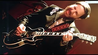 Dan Auerbach and The Easy Eye Revue - Cherry Bomb