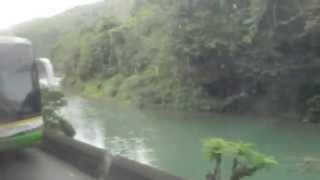 Lucien wid de Definition Along de Green River.