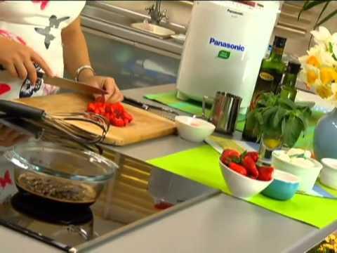 Клубничный салат с бальзамическим уксусом и базиликом