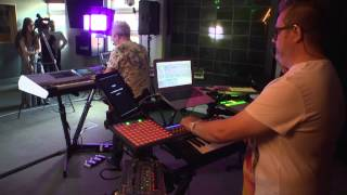 Howard Jones performs Look Mama for Absolute Radio