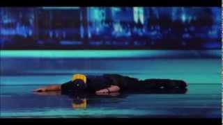Смотреть онлайн Худшее выступление певца на американском X Factor