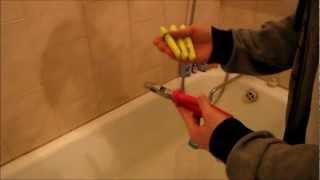 Смотреть онлайн Как сделать светящуюся воду своими руками