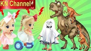 BÚP BÊ KN Channel CHẠY XE THĂNG BẰNG ĐI VIỆN BẢO TÀNG KHỦNG LONG | Đồ chơi trẻ em
