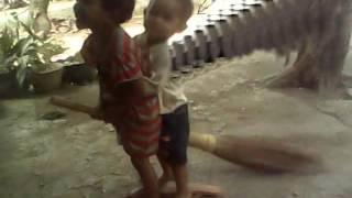 preview picture of video 'bocah bisa terbang asal purwakarta'