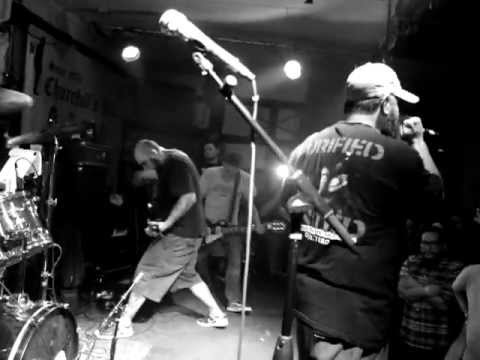 Trust No One - FULL SET - live at Churchills Miami (Slapshot) (SFLHC 2013)