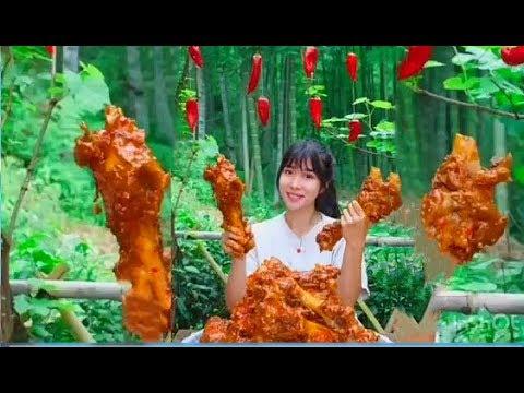 大胃王,全村第一吃貨消滅30斤香辣筒骨