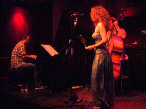 "NATALIA CALDERÓN QUARTET / Bogui Jazz, 13 de Julio 2012, ""Flor Azul"""
