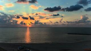preview picture of video 'Nikon D7000 Time-Lapse at Netanya beach, Israel'