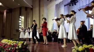 Айман Мусаходжаева сыграла на скрипке Страдивари в Астане