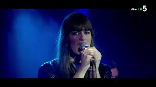 """Le Live : Clara Luciani, Avec """"La Grenade"""" - C à Vous - 30/04/2018"""