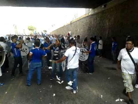 """Caravana demencia 2014"" Barra: La Demencia • Club: Celaya"