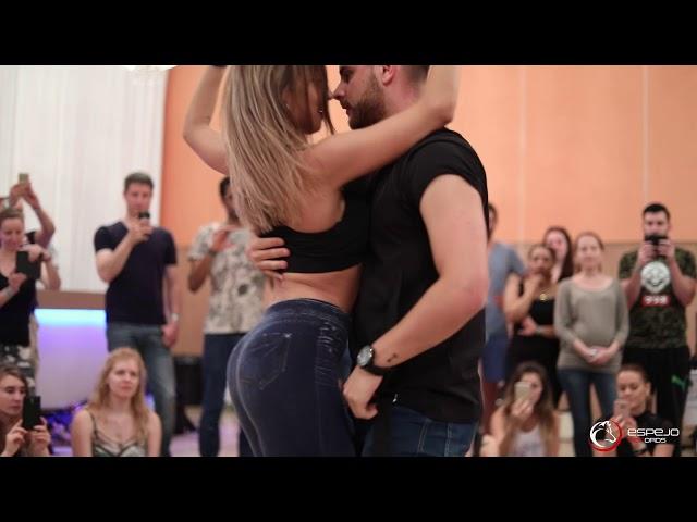 Luis & Andrea - Daniel Santacruz - Se Busca Un Corazón