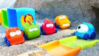 Видео про машинки - Трасса на Пляже - Игры с машинками в песке