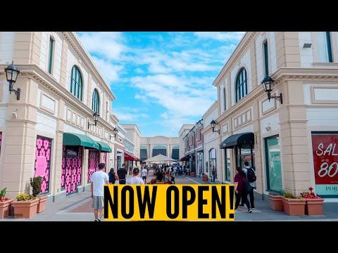 Vancouver's McArthurGlen Designer Outlet Expansion: NOW OPEN! // Nat and Max