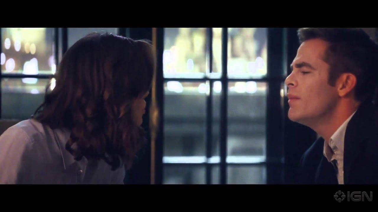 Movie Trailer:  Jack Ryan: Shadow Recruit (2014)