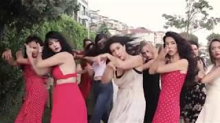 Flashmob la bienal Sevilla 2018 (Istanbul)