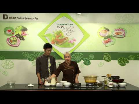 33. Chè đậu xanh bột bán nước dừa