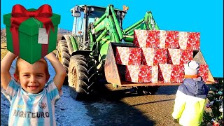 Tractor with Chrismas Presents! Liam to the rescue on power wheels